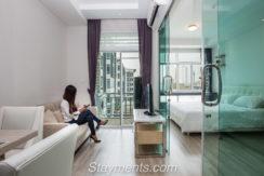 For rent: Contemporary 1 Bedroom Condo near Central Festival.