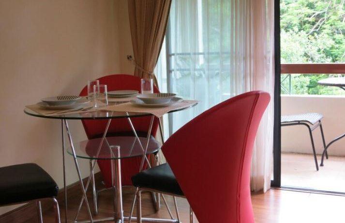kk3-dining-table