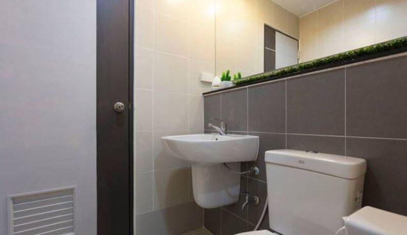 oneplus-19-bathroom-1