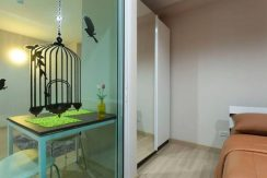 oneplus-19-bedroom-3