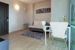 oneplus-19-living-room-1