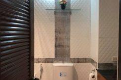 trio-condo-bath-room-3