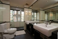 punna-bathroom-1