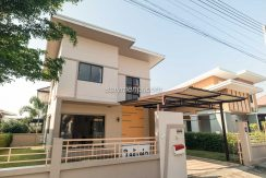 Modern and new house for rent in Chiang mai
