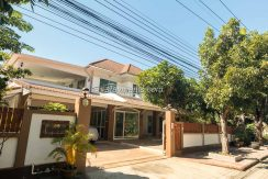Spacious 3 Bedroom House with Big Balcony Space for Sale/Rent.
