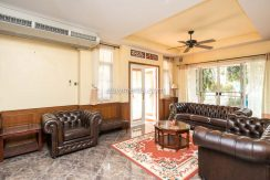 Four Bedroom House for Rent in Koolpunt Ville 9 - Hang Dong