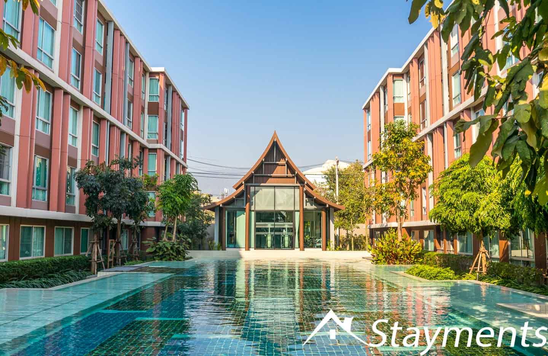 Studio for Rent at D'Vieng Santitham. Beautiful Pool Area