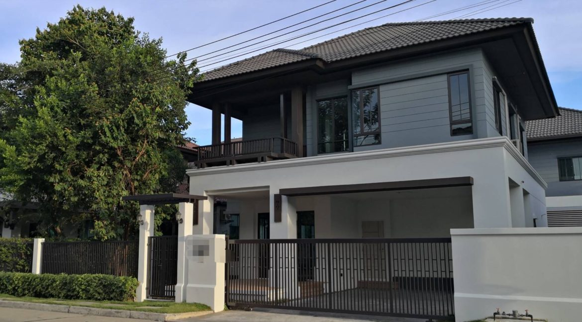 3 badroom house for sale in sansai chiang mai 1
