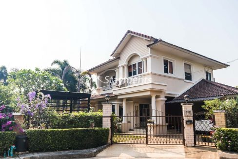 House for Sale Home in Park Mooban (1 of 22)