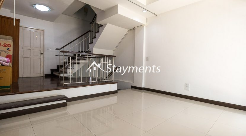 Living room Townhouse for sale on Nimman