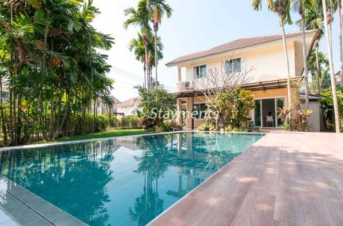 Three Bedroom Pool Villa for Rent in San Kamphaeng. Airbnb Possible.