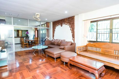 four bedroom house for rent near Meechok Plaza (12 of 24)