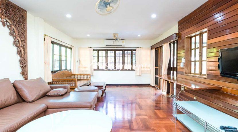 four bedroom house for rent near Meechok Plaza (14 of 24)