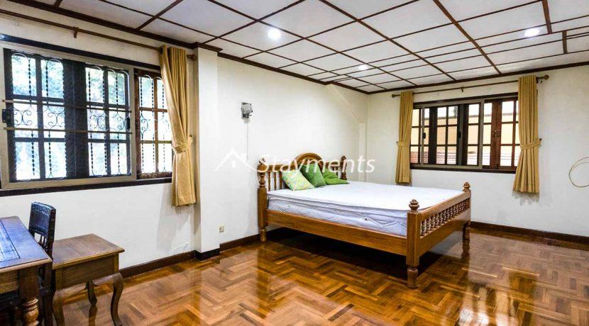 four bedroom house for rent near Meechok Plaza (16 of 24)