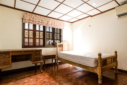 four bedroom house for rent near Meechok Plaza (18 of 24)