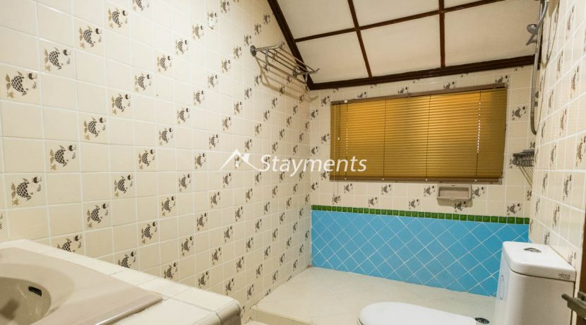 four bedroom house for rent near Meechok Plaza (21 of 24)