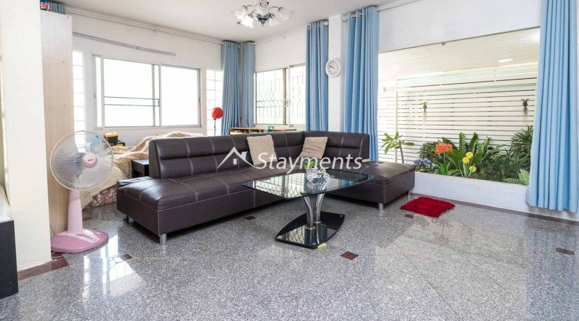 four bedroom house for sale near CMU (4 of 13)