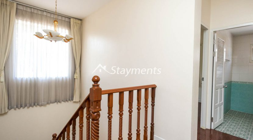 four bedroom house in home in park for rent (15 of 16)