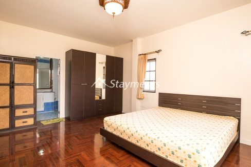 four bedroom house in home in park for rent (9 of 16)