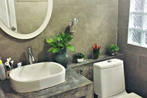 house for sale in doi saket - bathroom-1