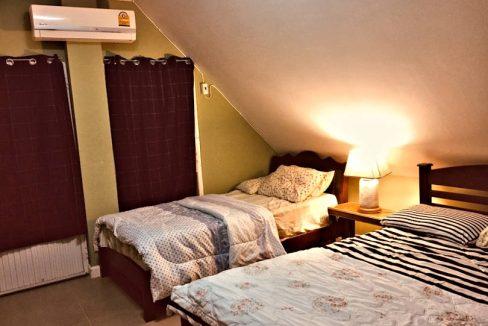 house for sale in doi saket - bedroom-attic 1