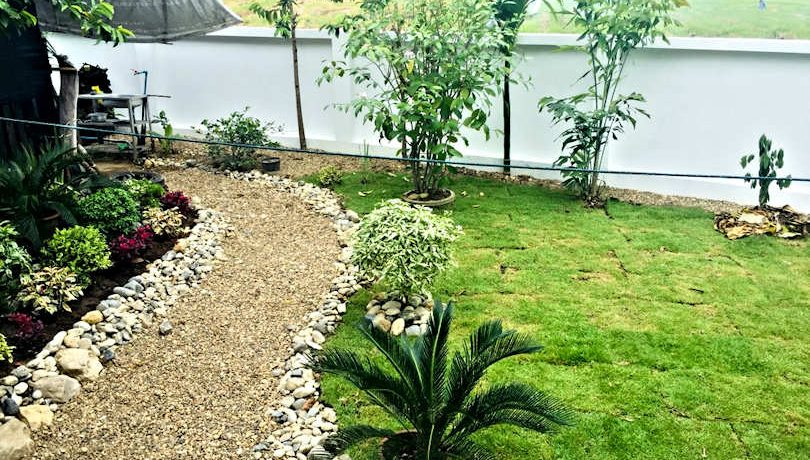 house for sale in doi saket - garden path