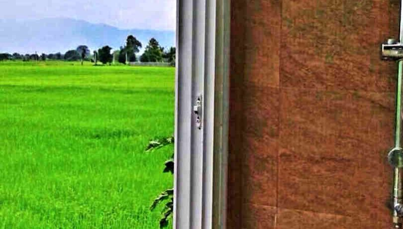 house for sale in doi saket - shower with a view