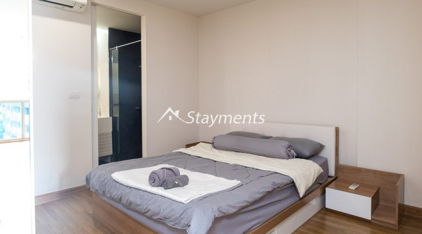 one bedroom condo for rent on nimman (2 of 11)
