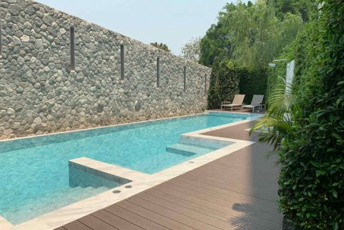 Hilltania luxury residence swimming pool