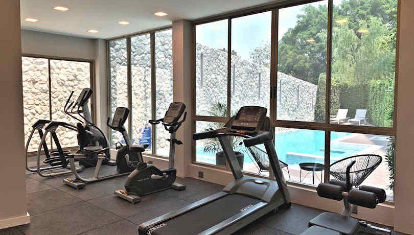 Hilltania residence chiang mai gym