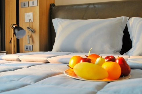 Wellness Residence Chiang Mai fruit in bed
