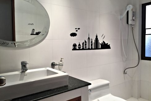 house for sale rent koolpunt ville 9 guest bathroom