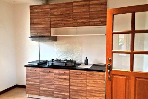 house for sale rent koolpunt ville 9 kitchen-1
