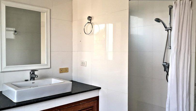 house for sale rent koolpunt ville 9 master bathroom-2