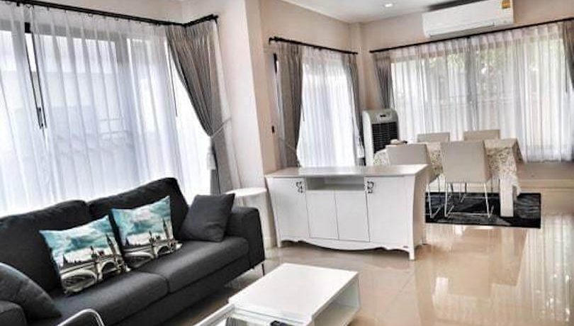 setthasiri-house for rent-furnished-living-room