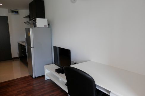 newly refurbished studio for sale in chiang mai-10
