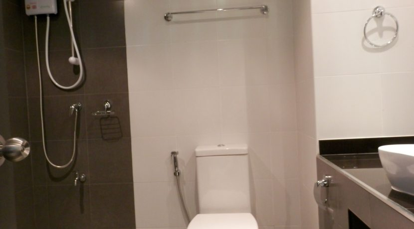 newly refurbished studio for sale in chiang mai-12