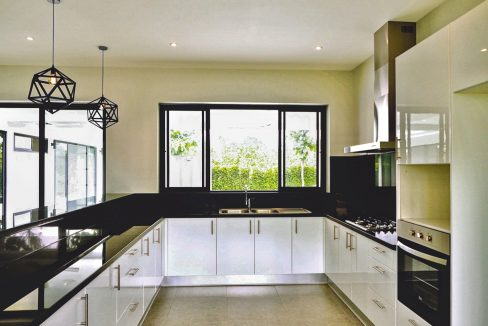 house for sale in Chiang Mai with fully fitted kitchen