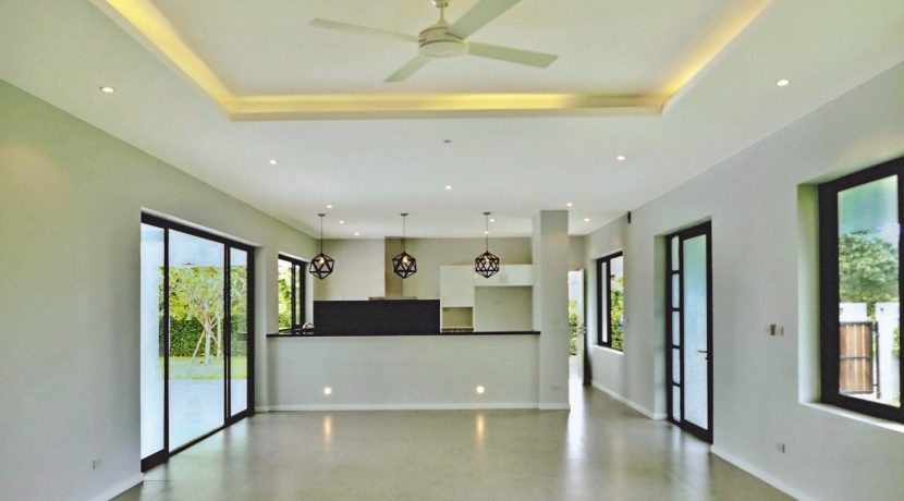 house for sale in Chiang Mai with modern dining area