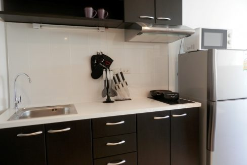 newly refurbished studio for sale in chiang mai-8