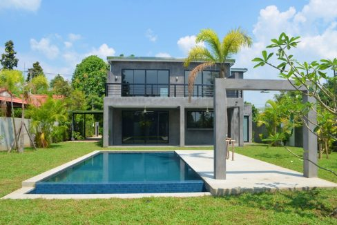 pool house for sale in namphrae-2