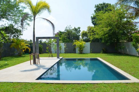 pool house for sale in namphrae-3