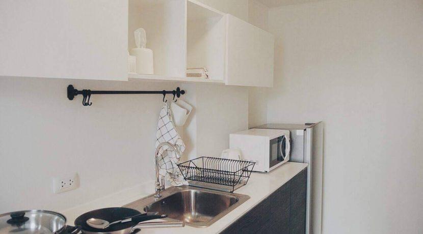 condo for sale at d vieng santitham kitchen