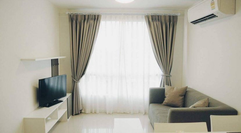 condo for sale at d vieng santitham living room-1