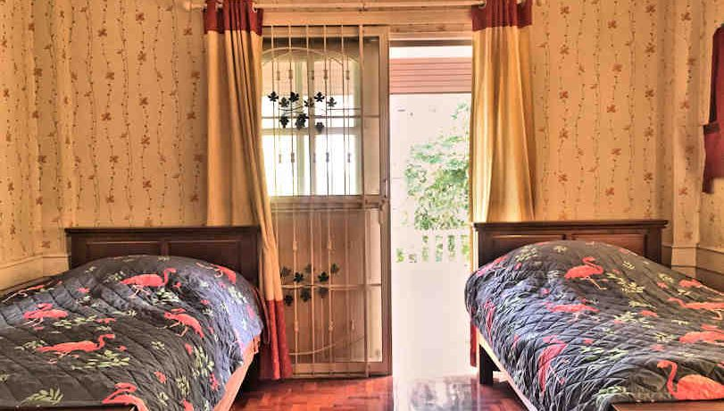 house for rent santitham bedroom-2-1