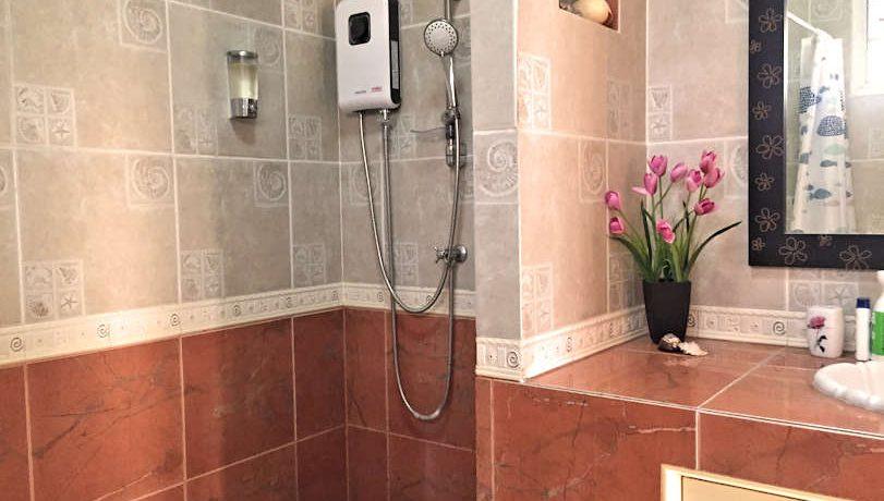 house for rent santitham bedroom-2-4