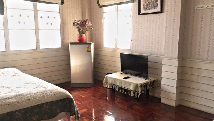 house for rent santitham bedroom-3-3