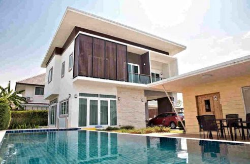 Modern Pool Villa For Rent In Koolpunt Ville 9