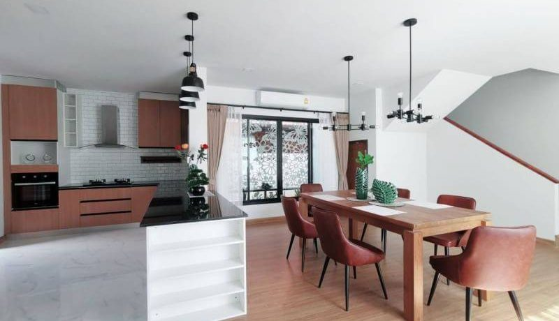 pool house for sale in hang dong-13
