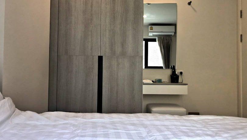 the escent 2 bedroom condo for rent-1
